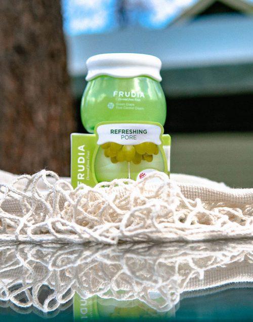 Frudia-Green-Grape-Pore-Cream-Bearel.jpg