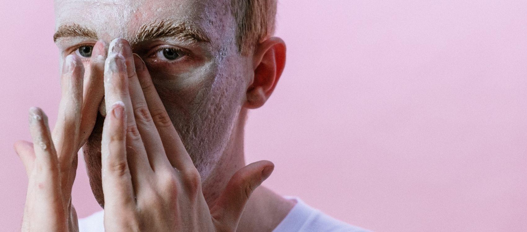 miesten ihonhoito