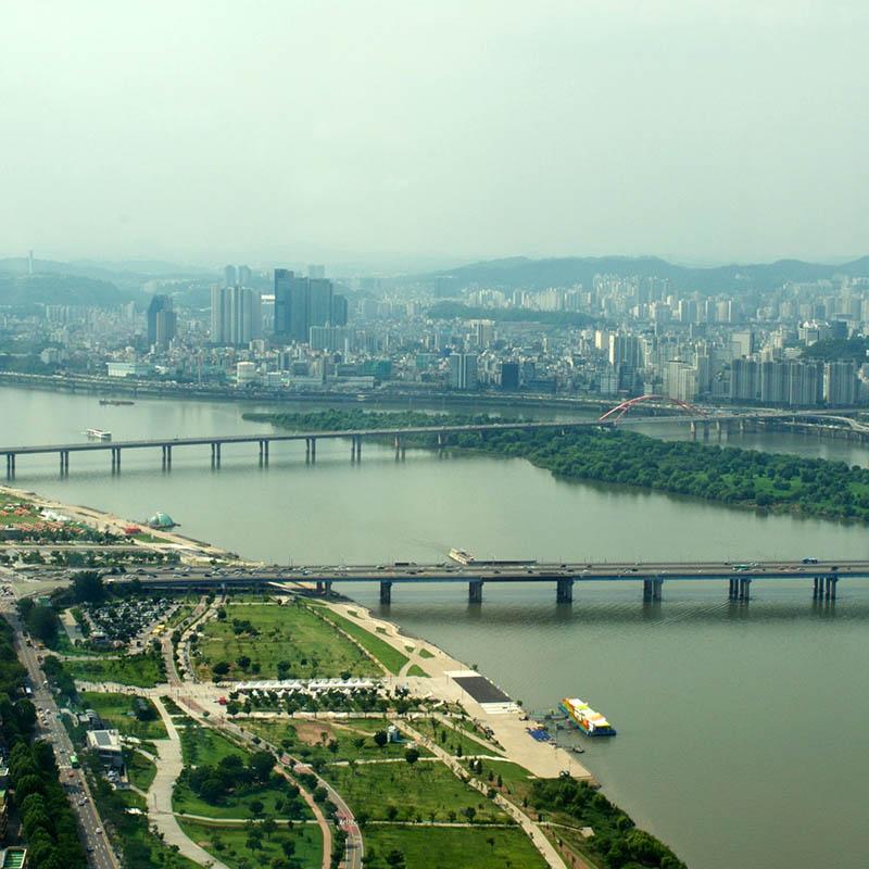 Seoul kesällä ja keväällä