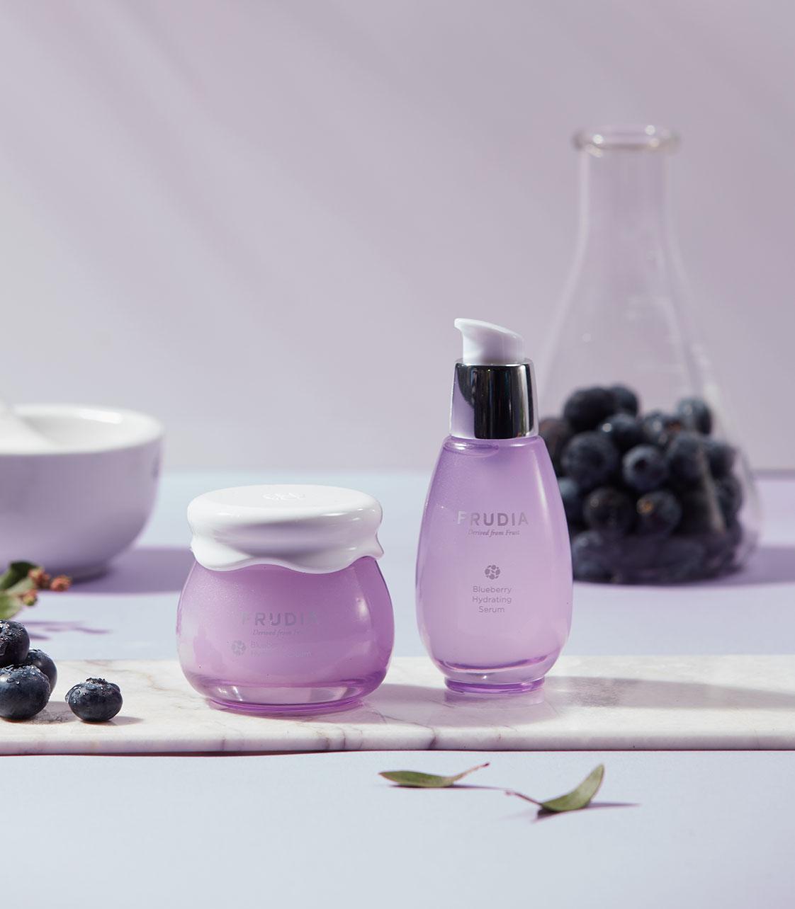 Frudia Blueberry Hydrating kasvovoide ja seerumi 1